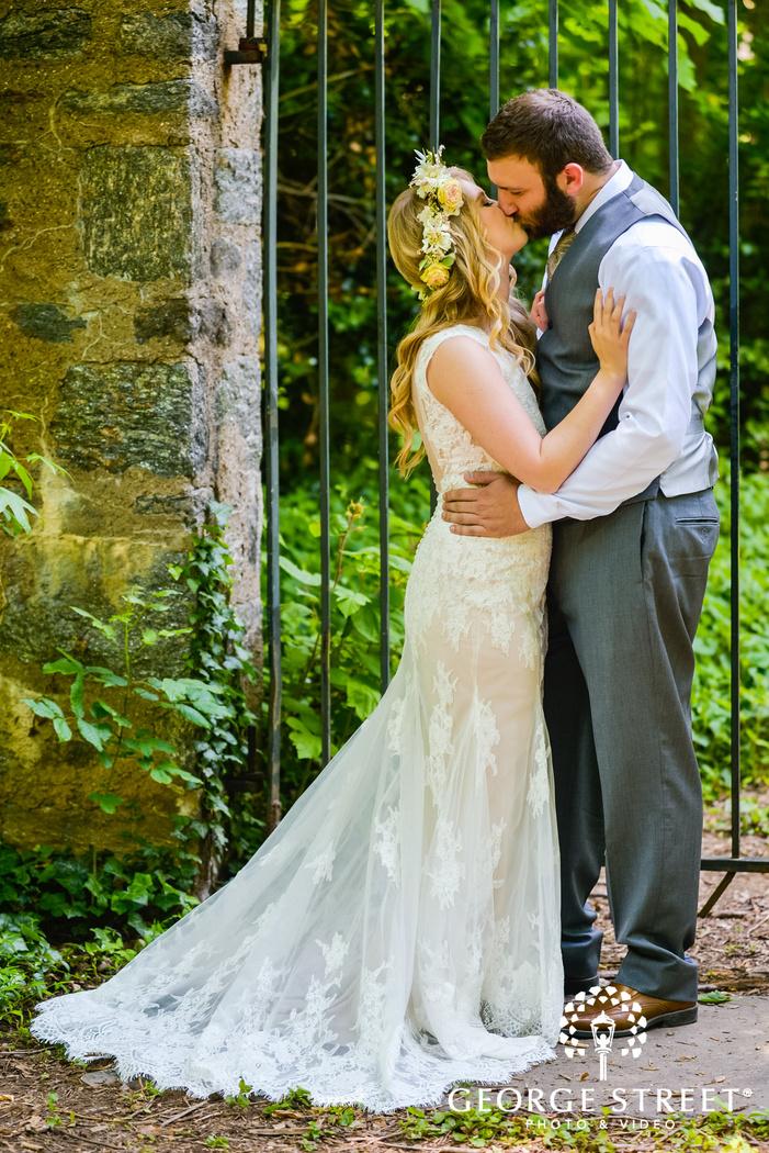 boho spring garden wedding photos awbury arboretum philadelphia